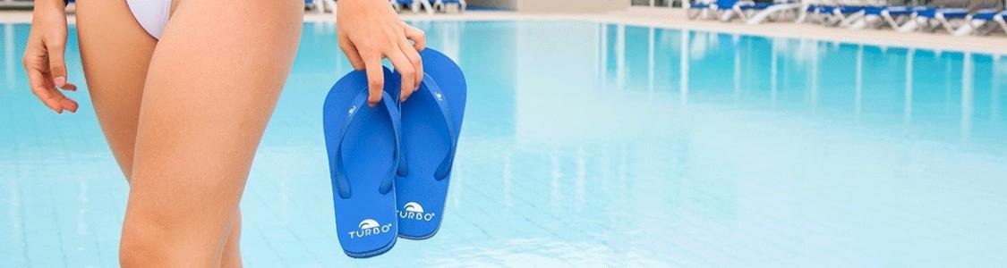 Zapatillas y Chanclas de piscina para Mujer, Hombre y Niños | TURBO